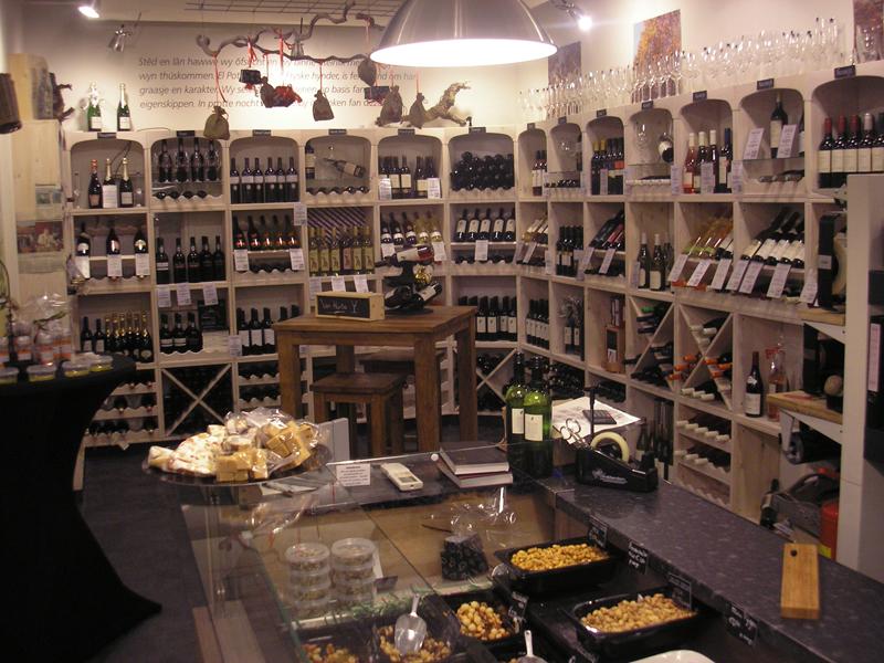 Wijnrek voor winkel of restaurant